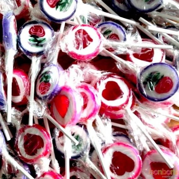 Sucettes à l'ancienne - bonbons saint-valentin - cœur, fleur