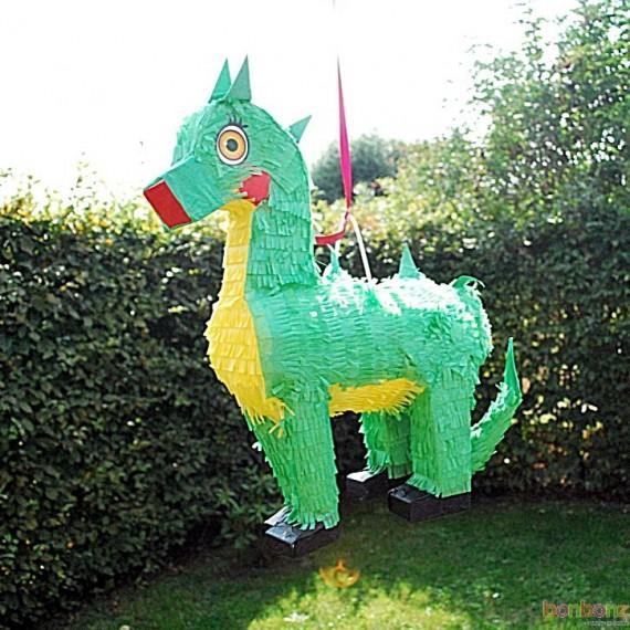 Piñata dragon