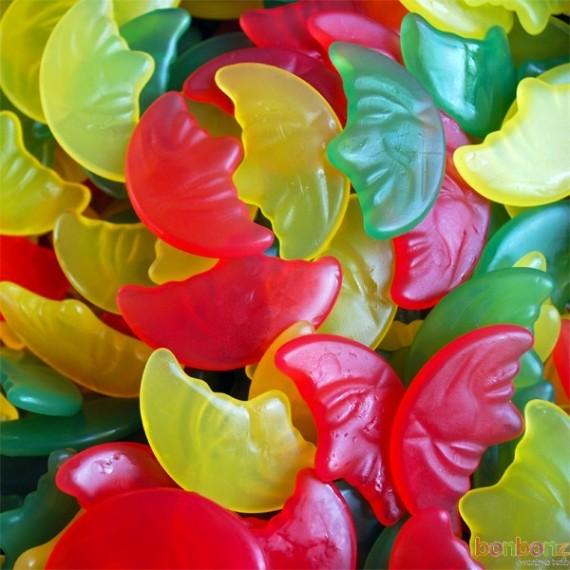 Lune, bonbons Haribo sans gélatine - assortiment de bonbons verts, rouges et jaunes